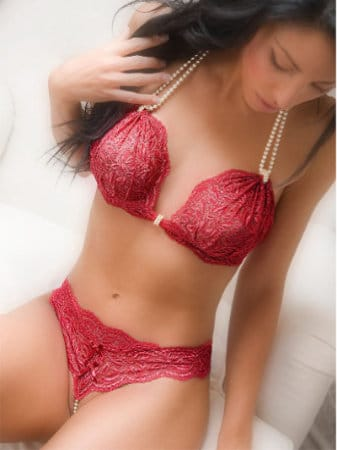 Bracli begos bra in red - double strand of cultured pearls and delicate lace available now at perlita