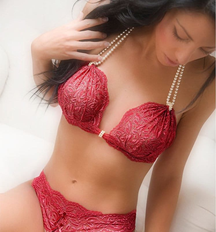 bracli-begos-bra-red-model-with-your-night-thong-perlita-uk
