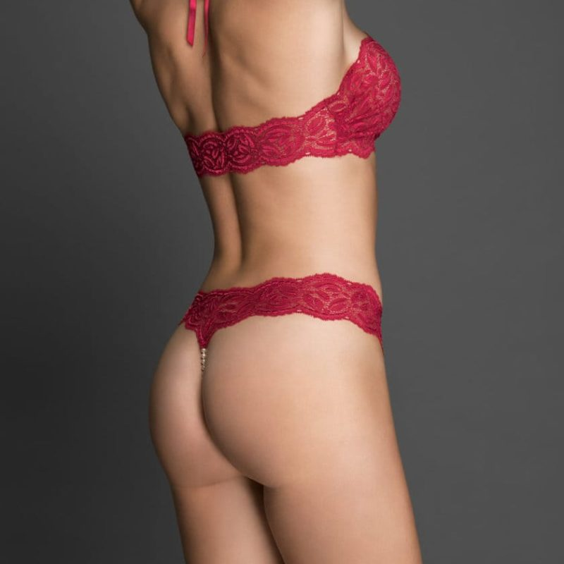 bracli-halter-top-red-model-back-view
