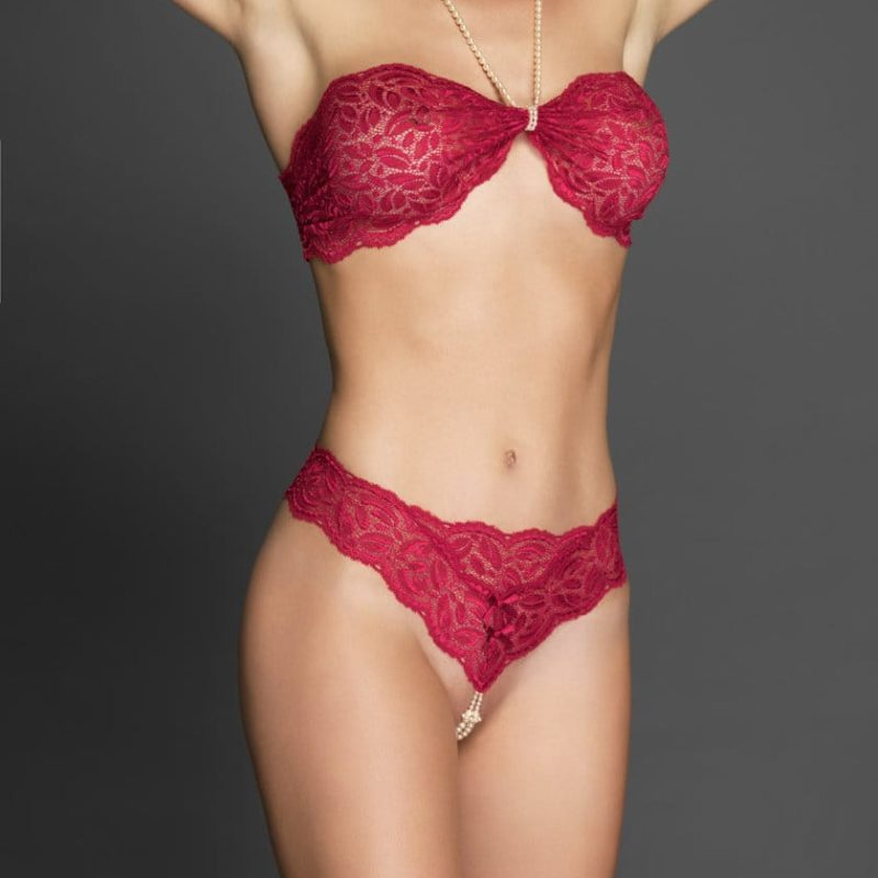 Bracli-your-night-thong-red-model-front-view